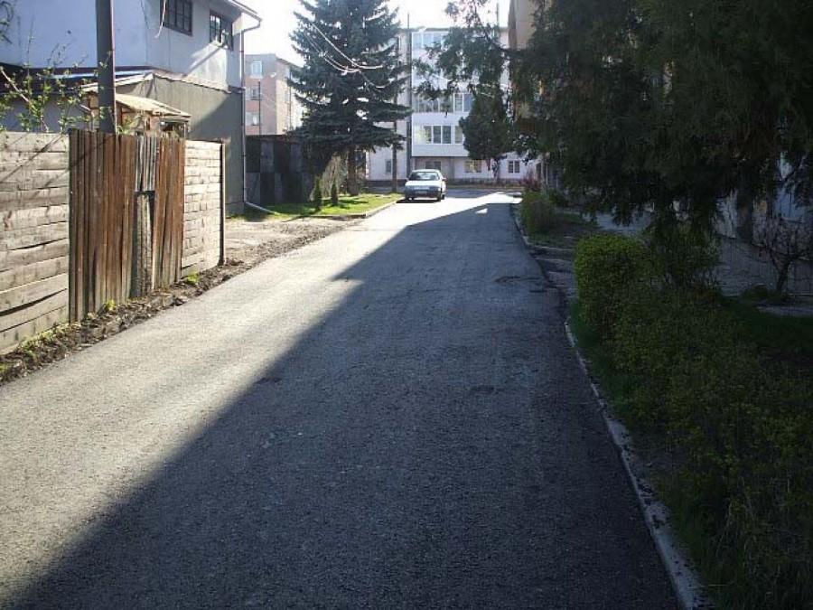 utcak8a_kisujsag_cover