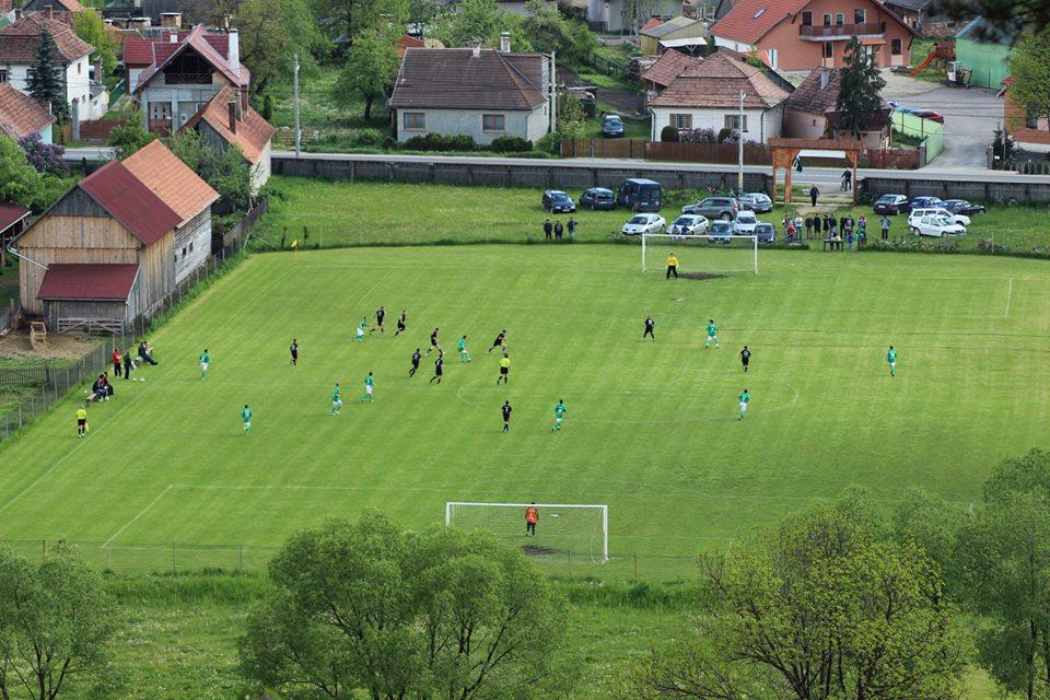 Kisújság – Ferenczy István labdarúgó emléktornát tartanak Szárhegyen 61a1b7fe32